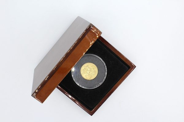 1824 george iv gold sovereign case