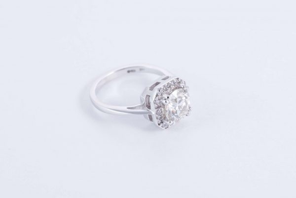 18ct white gold halo ring 6 1