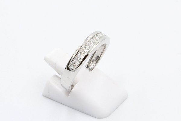 18k white gold channel ring 2