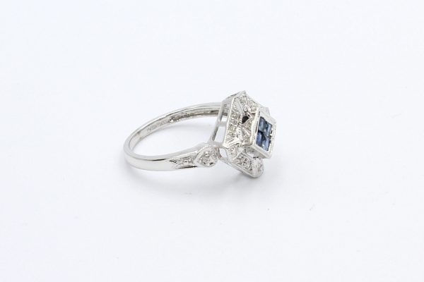 antique style sapphire ring 3