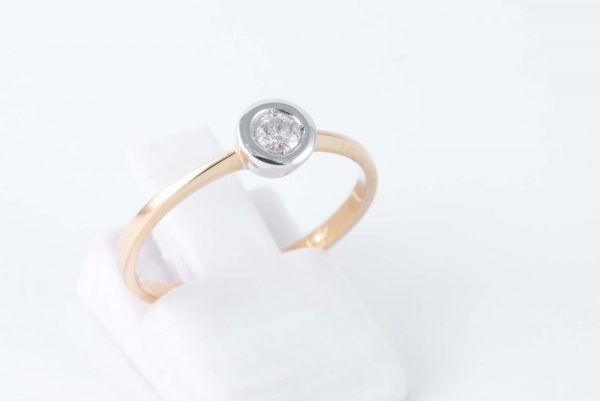 classy gold solitaire diamond ring 1