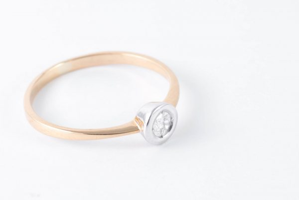classy gold solitaire diamond ring 5