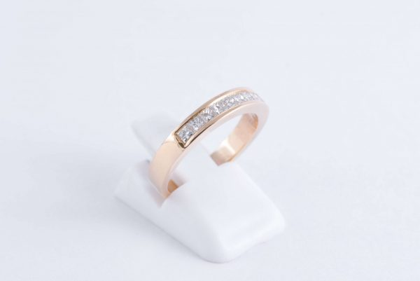 gold diamond channel ring 3