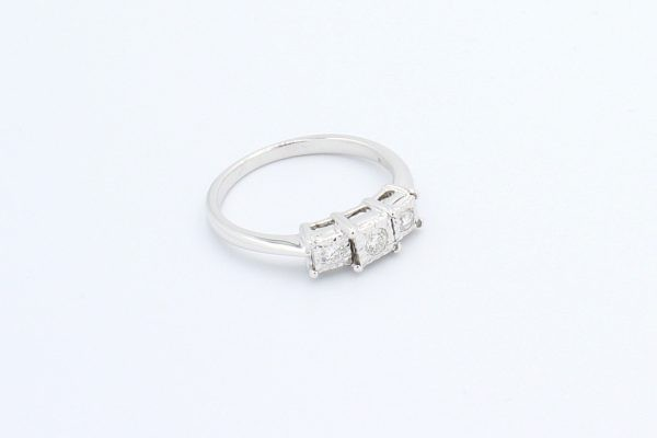 gold diamond illusion ring 3