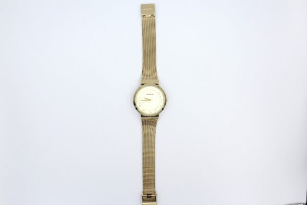 gold mesh strap dalton wristwatch