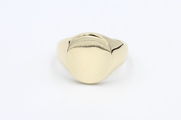 gold oval signet ring 1