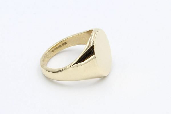 gold oval signet ring 2