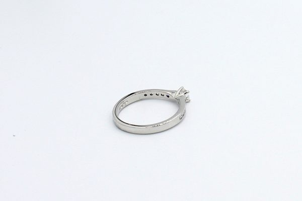 platinum princess engagement ring 4