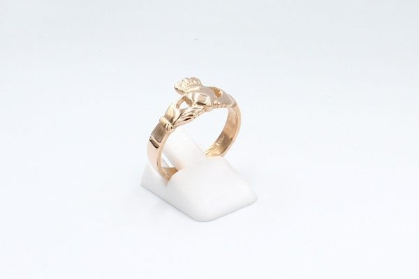 rose gold claddagh ring plain 2