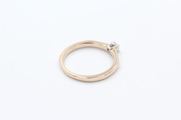 rose gold solitaire ring 3