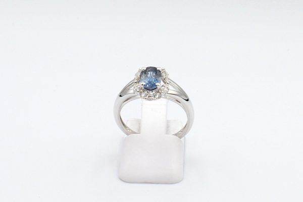 sapphire diamond cluster ring front 1