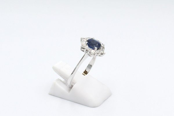 sapphire diamond cluster ring side