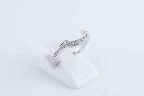shaped ring 4