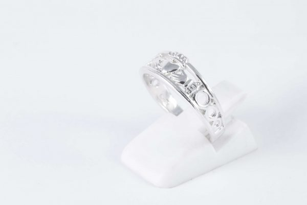 solid silver claddagh ring 4
