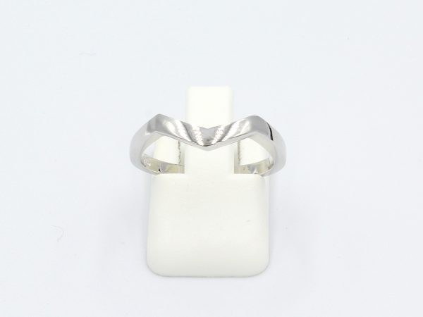 front view of a shaped white gold wedding ring